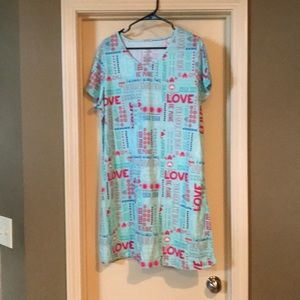 Love sleepshirt